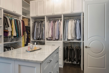 Closet, White, Shaker Plus Northbrook