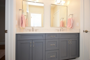Custom Vanities project 2136 Washington (48)